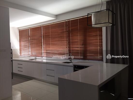 Ferringhi Residence  104599742