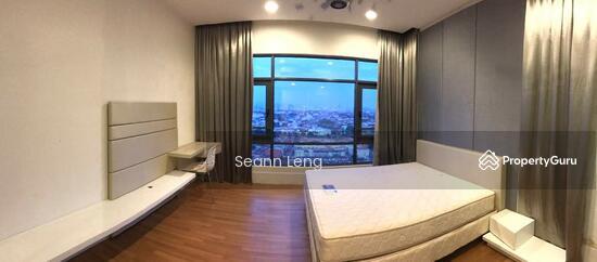 Eve Suite  108825314