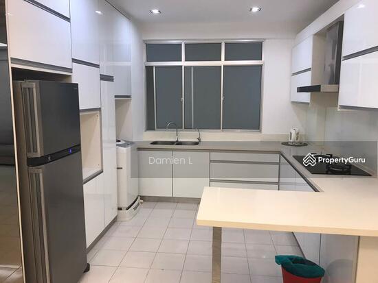 Putra Place Condominium  109460876