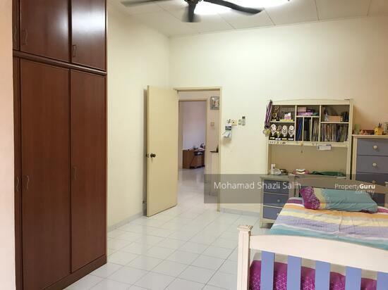 Below MV 3250sqf 2 Sty Corner Lot Terrace Unit, Taman Suria, Kajang  110032004