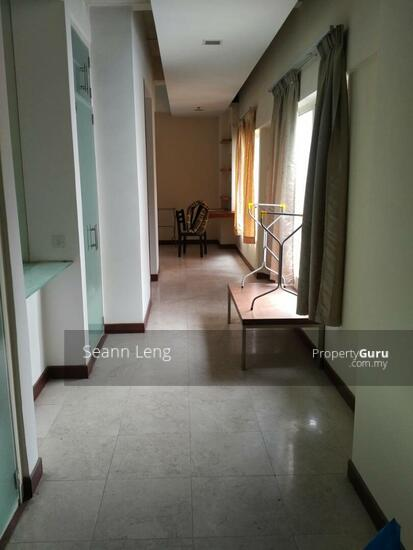 10 Semantan Suites  110447156