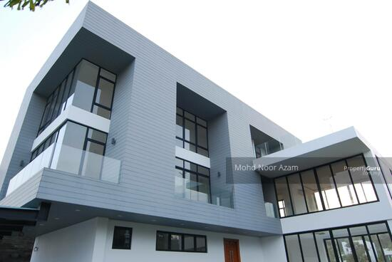 MODERN BUNGALOW @ THE MINES  115578371