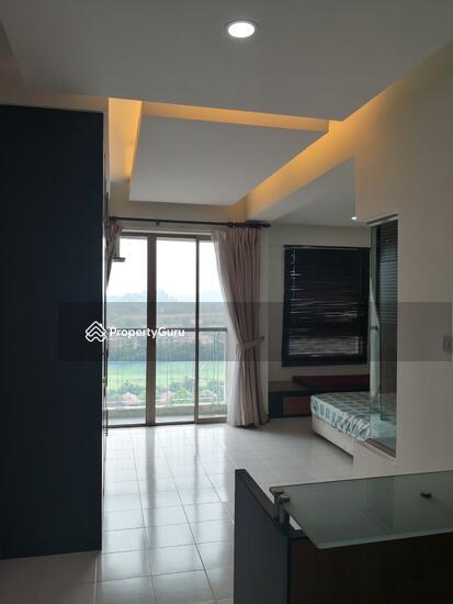 Ritze Perdana 1  137037200