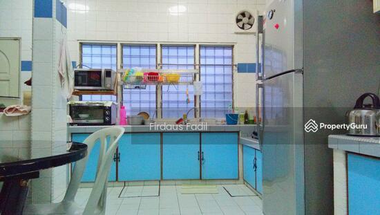 Double Storey Terrace at Taman Sri Ampang, Ampang  112757450