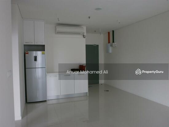 SOHO Mercu Summer Suite Corner Unit  113962775
