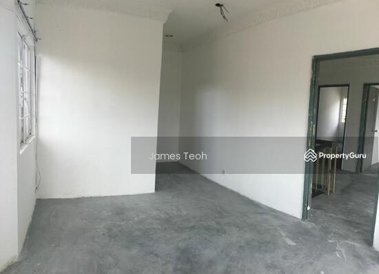Corner 2 STY - Raja Nong Taman Menara maju Klang Selangor  114014123