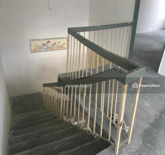 Corner 2 STY - Raja Nong Taman Menara maju Klang Selangor  114014129