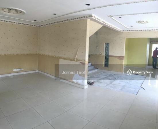 Corner 2 STY - Raja Nong Taman Menara maju Klang Selangor  114014147