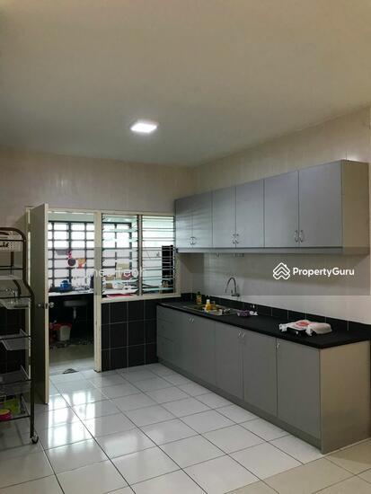[Renovated] 3 STY Teluk GadongNearby MBO Klang Selangor  115381406