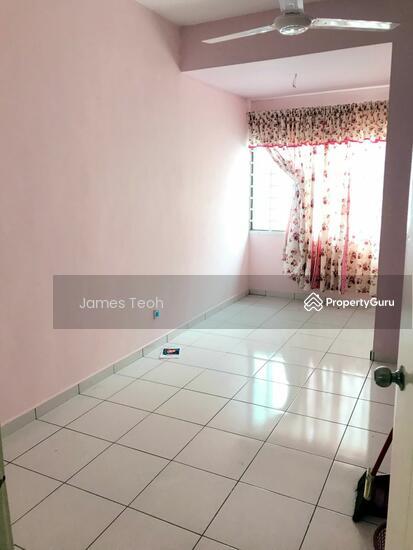 [Renovated] 3 STY Teluk GadongNearby MBO Klang Selangor  115381421