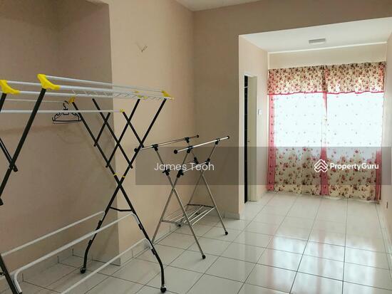 [Renovated] 3 STY Teluk GadongNearby MBO Klang Selangor  115381424