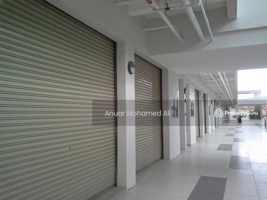 Bangi Gateway Shopping Complex Bandar Baru Bangi  117284456