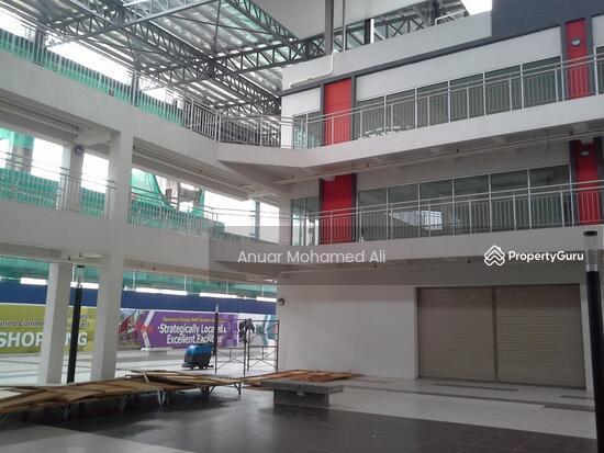 Bangi Gateway Shopping Complex Bandar Baru Bangi  117284462