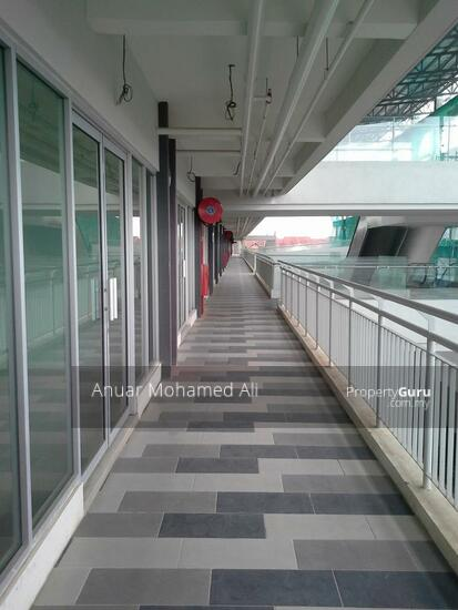 Bangi Gateway Street Mall Sek 15 Bdr Baru Bangi  117284567
