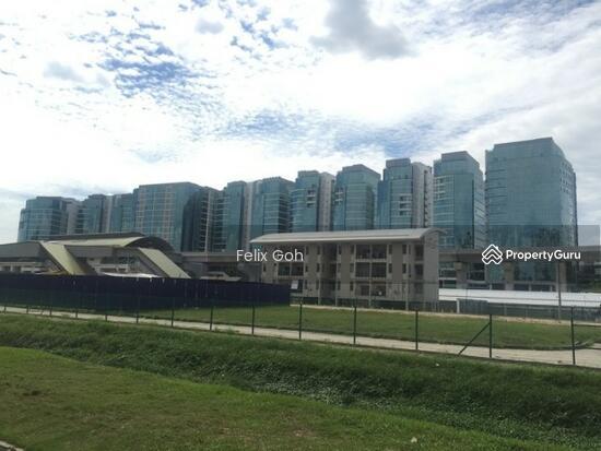 UOA Business Park  125269304