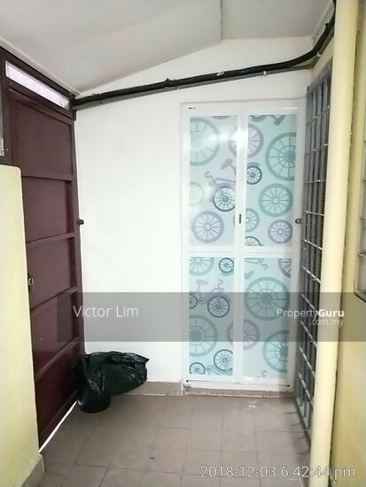 usj 2 house 1.5sty renovated 4 rooms  129554893
