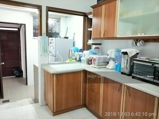 usj 2 house 1.5sty renovated 4 rooms  129554895