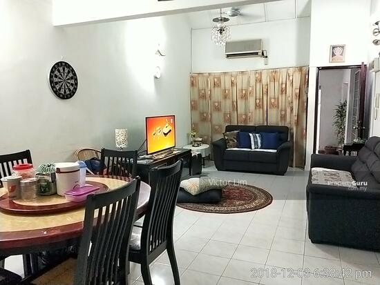usj 2 house 1.5sty renovated 4 rooms  129554905