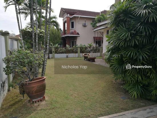 2 sty bungalow @ bdr kinrara 6 puchong  130404360