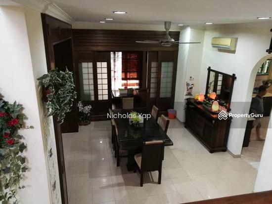 2 sty bungalow @ bdr kinrara 6 puchong  130404370