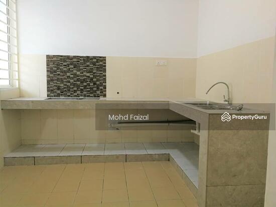 Corner Lot 2 Storey House Freehold 2625sft NADAYU 92 Kajang  130643469