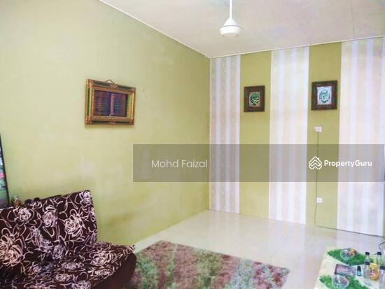 Rumah Teres Setingkat Nusari Bayu 1, Bandar Sri Sendayan, Seremban.  130994755