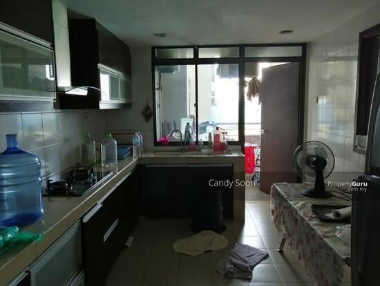 Fahrenheit 88 KL Plaza Suites Near MRT Bukit Bintang KLCC  131420793