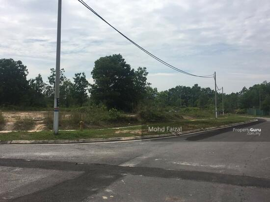 Bungalow lot 9600sft Seksyen 7, Embun Close Bandar Bukit Mahkota Bangi  131751666