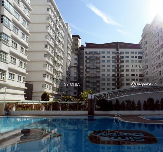 Subang Avenue  131881246