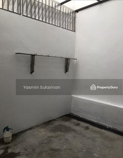 Double Storey Terrace, Selling Below Market Price at Taman Dahlia, Cheras, Kuala Lumpur - FREEHOLD  131898612