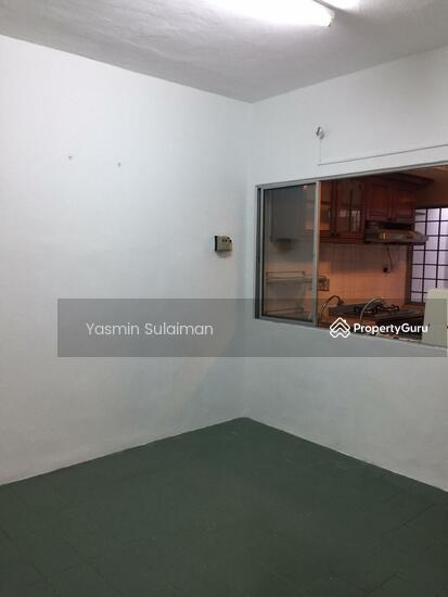 Double Storey Terrace, Selling Below Market Price at Taman Dahlia, Cheras, Kuala Lumpur - FREEHOLD  131898647