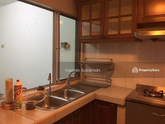 Double Storey Terrace, Selling Below Market Price at Taman Dahlia, Cheras, Kuala Lumpur - FREEHOLD  131898656