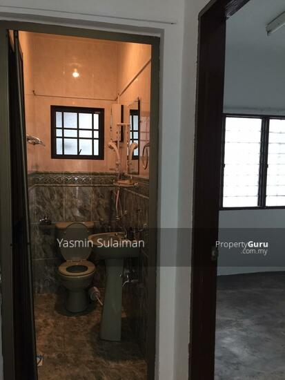Double Storey Terrace, Selling Below Market Price at Taman Dahlia, Cheras, Kuala Lumpur - FREEHOLD  131898668