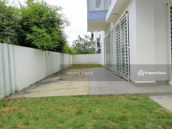 End Lot 3 Storey SuperLink 3989sft Taman Nadayu 92 Kajang  132230979