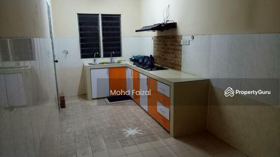 Rumah 2 Tingkat LEP4, Equine Park Seri Kembangan  133156713