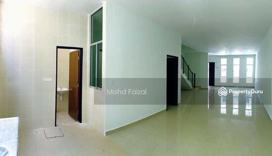 Rumah Teres 3 Tingkat Bangi Avenue 3 20x70sft FREEHOLD  134193401