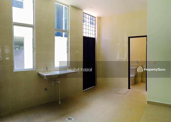 Rumah Teres 3 Tingkat Bangi Avenue 3 20x70sft FREEHOLD  134193403