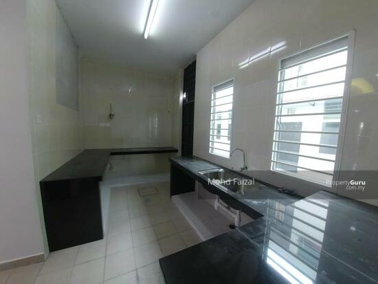 2 Storey Terrace House Bangi Avenue FREEHOLD  134758850