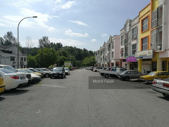 Fully Furnished 3 Storey Shoplot Building Taman Damai Mewah Kajang  134872471