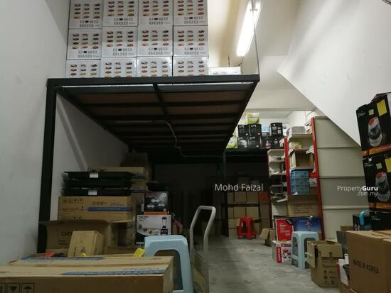 Fully Furnished 3 Storey Shoplot Building Taman Damai Mewah Kajang  134872484