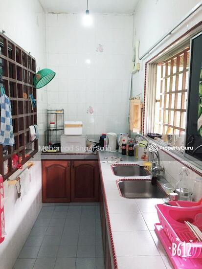 2 Sty Terrace House, Taman Kemacahaya, Batu 9, Cheras, Renovated & Freehold  135359747
