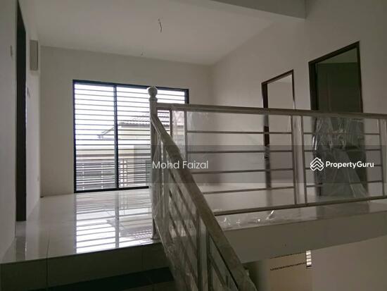 Rumah Semi D 2 Tingkat, 40x80sft Taman Nusa Intan Senawang  137010276