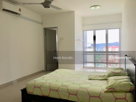 Astana Lumayan Condo,  Best Rental Rate, Calming Lake View  137307996