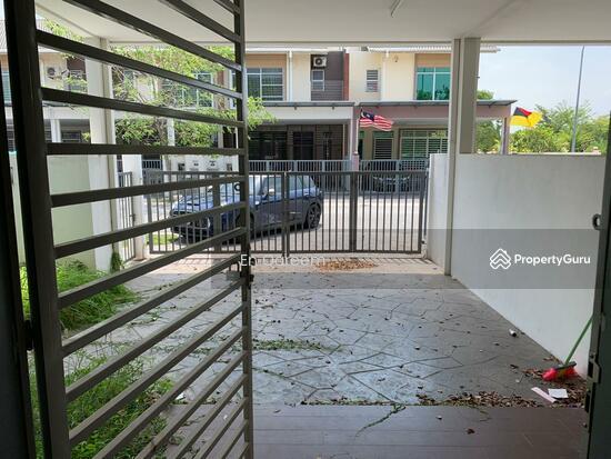 2 Storey Laman Bakawali Kota Seriemas Negeri Sembilan. Near KLIa  137900692