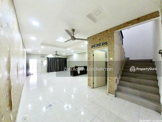 Bandar Nusaputra  139791809