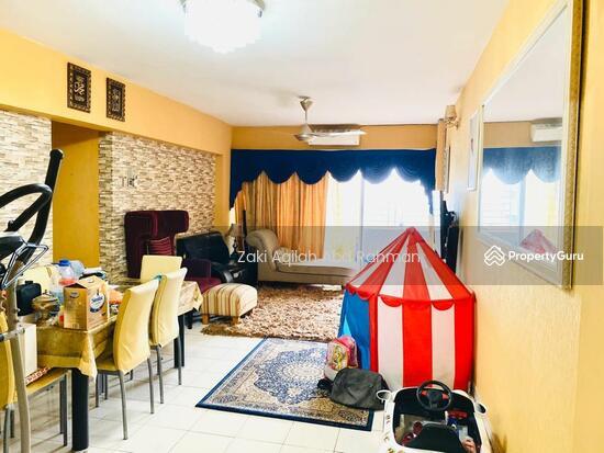 Sentul Utama Condominium  141796403