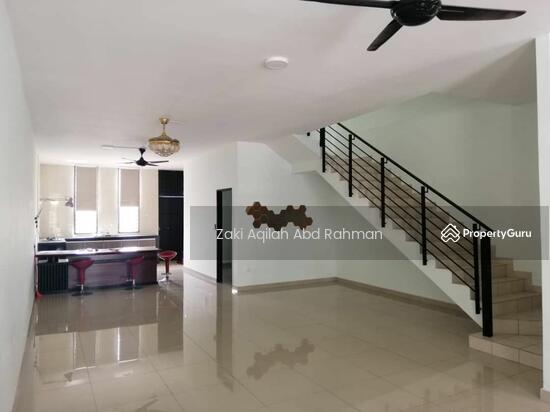 Bangi Avenue  141830632