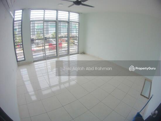 Bangi Avenue  141830635
