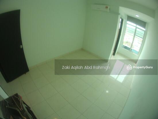 Bangi Avenue  141830639