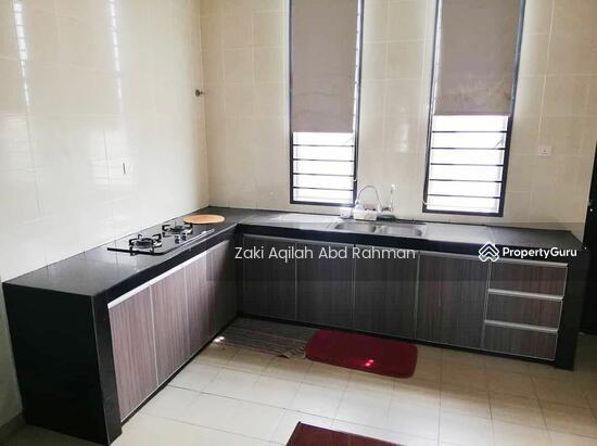 Bangi Avenue  141830644